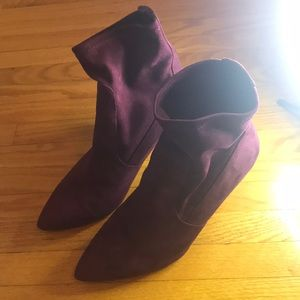 Ladies mauve booties